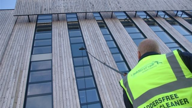 10_Frequently_Asked_Questions_about_Water_Fed_Pole_Window_Cleaning-640x360