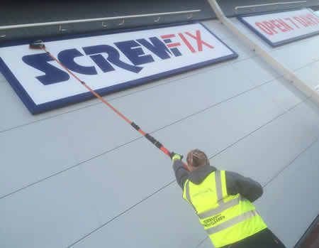 Signage Cleaning